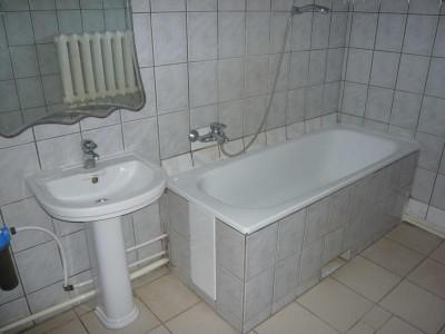 Отдельные недорогие домики для уютного семейного отдыха - Фото-ванная.jpg